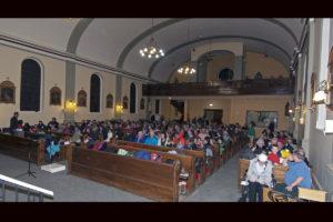 2 171215_community Choir 1200x800_0003