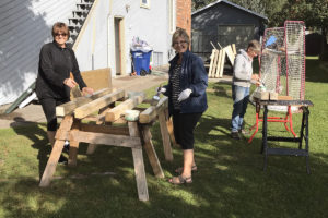 2 Constructing The Raised Beds Sept 19, 2018 Img 2158