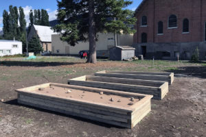 8 Constructing The Raised Beds Sept 24, 2018 Img 2187
