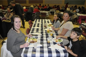Dec142015_HFP Community XMAS Dinner_0009