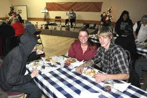 Dec142015_HFP Community XMAS Dinner_0019
